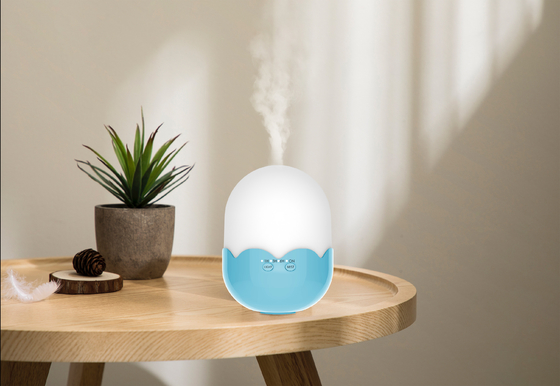 China 5W Ultrasonic Air Humidifier 300ml / Home Wood Grain Medical Humidifier supplier